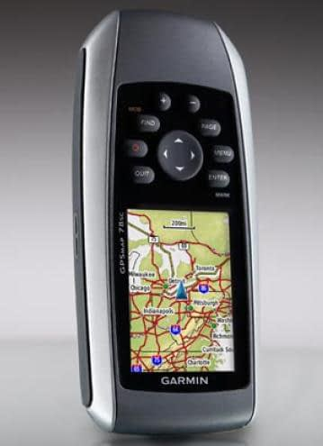 Nên sử dụng máy định vị GPS hay điện thoại thông minh (smartphone)